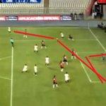 #VIDEO Edison Flores anotó golazo para Universitario luego de 10 toques: https://t.co/YUgabSLCmi https://t.co/g4TQALH0Jj