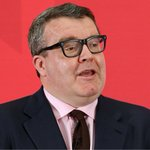 Tom Watson gives anti-Corbyn MPs an on-air dressing down after #LE2016 criticism https://t.co/yJYbiIJcBJ https://t.co/CpV8hXuE6t