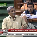 Tyagi, Khaitan are small people; we have to find the big names who received kickbacks: Manohar Parrikar #AgustaScam https://t.co/TYtbBeT9ov
