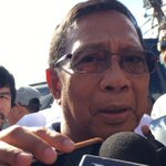 Binay says he fears possible cheating on May 9, with reports of VCMs showing Roxas name during testing #PHVote https://t.co/0uKw6TgHJD