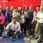 Los amigos @MaiGonell , @JLizardo29 y @Reddenoticiass junto al elenco de @TendenciasRDo Radio /@grisantycosme https://t.co/Yc8akfkz15