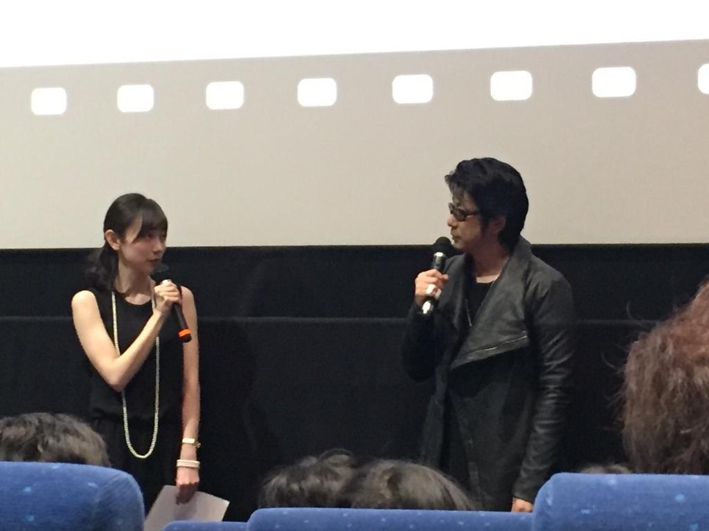 映画「64 ロクヨン」前編、いよいよ明日7日公開です。私は永瀬正敏さんの妻役を演じております。厳しい局面で人はどう生きるのか。緊迫感溢れる、重厚な人間ドラマをぜひ、スクリーンで! https://t.co/LK1ogboBJr