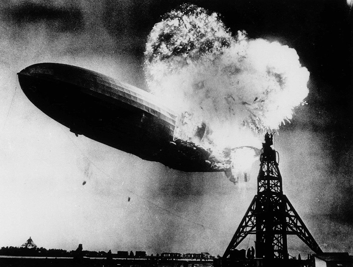 1937 #OnThisDay The Hindenburg is destroyed within a minute after attempting to dock at Lakehurst, NJ. https://t.co/nfSIEX54a3