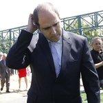 """FIFA suspende a Sergio Jadue de por vida por """"cohecho y corrupción"""" https://t.co/NmHUtp90aL https://t.co/5z9UNAVwWq"""