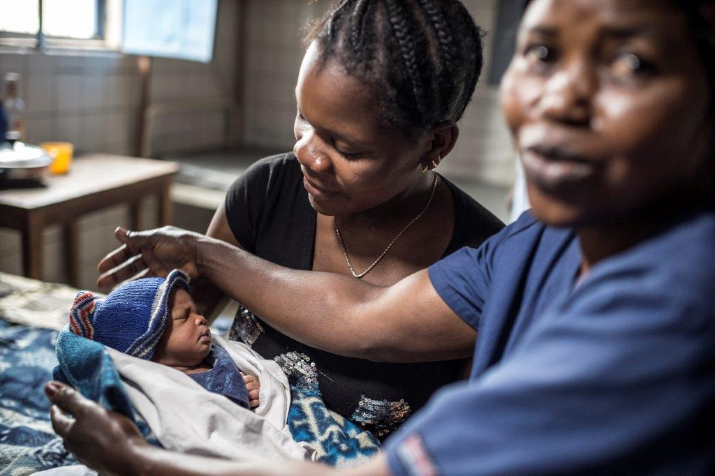 Every woman deserves to survive & thrive. Every woman deserves access to a skilled midwife. #MaternalHealth #IDM2016 https://t.co/IF4C4rKS6x