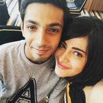 Superb Selfie #ShrutiHaasan & #AnirudhRavichander https://t.co/B5LWTKFKGo