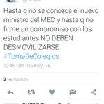 @Carlosmperalta @Radio970AM @enriquevp @FabiGonzalezPy Que sigue haciendo este sujeto en todas las movilizaciones? https://t.co/Z4aXK932c7
