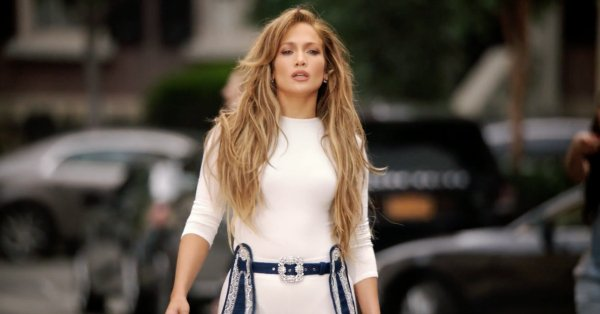 Jennifer Lopez samples Hillary Clinton's speech in her