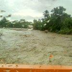 Este es el río Jura de Azua. Está en proceso de desbordamiento. @silfredomelo @CDN37 @DefensaCivilRD https://t.co/UATaqU8h21