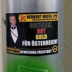 #Identitäre werben für #Hofer. Mit schwarz, rot, gold und Herbert. #bpw16 via Silvia Giese https://t.co/kQDhPIcRDo