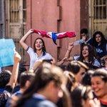 Ganaron una batalla, la lucha por una mejor educación sigue https://t.co/5Qdsy8EcSZ #tomadecolegios por @MasFiloUNA https://t.co/2pukyCQvAf