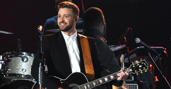 Justin Timberlake confirms he's working on a new album & hints he might be going country: