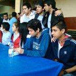 Estudiantes ahora emplazan a Cartes https://t.co/VMereVfo1G https://t.co/LiXjp9whe0