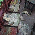 Ya se fue Lafuente pero los techos de las escuelas siguen cayéndose, hoy Maria Felicidad Gozalez zona Terminal ???????? https://t.co/HLa8OSvxNa