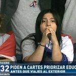 """""""Por favor @Horacio_Cartes priorizá al Paraguay"""" Camila Benítez- Dirigente Estudiantil. #TomaDeColegios #ElNoticiero https://t.co/cja1SKWiUe"""