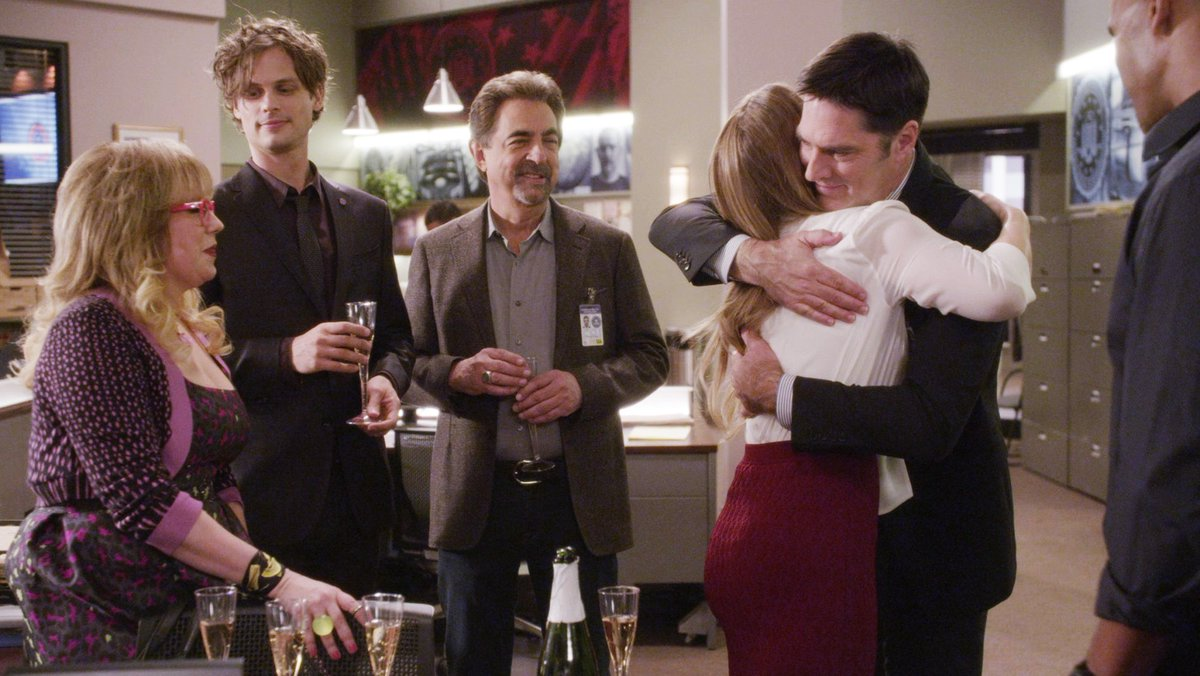 THIS JUST IN: #CriminalMinds Has Been Renewed For 12th Season! https://t.co/NXthssc6cH https://t.co/CIWgSTD0Sq