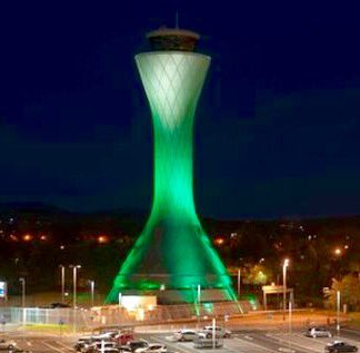 Tower goes green for @HibsOfficial