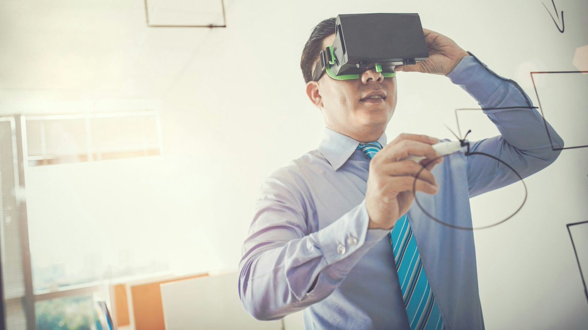 Can #vr save #digital advertising from itself? These companies are betting on it. https://t.co/C2bmk3lyZR https://t.co/KVoWBA4PjV