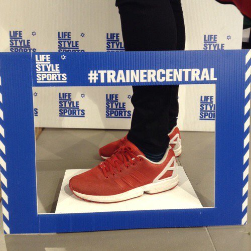 @Mickjoe13 We are LOVING your kicks at #LSSVictoriaSq, Belfast! #SneakerSpotting #TrainerCentral https://t.co/nzSDFgiXvo