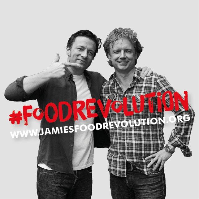RT @fishtalestweets: Kijk morgen 17:00 live op Facebook naar @BartvOlphen en laat je inspireren. Doe mee met de #FOODREVOLUTION @FoodRev! h…