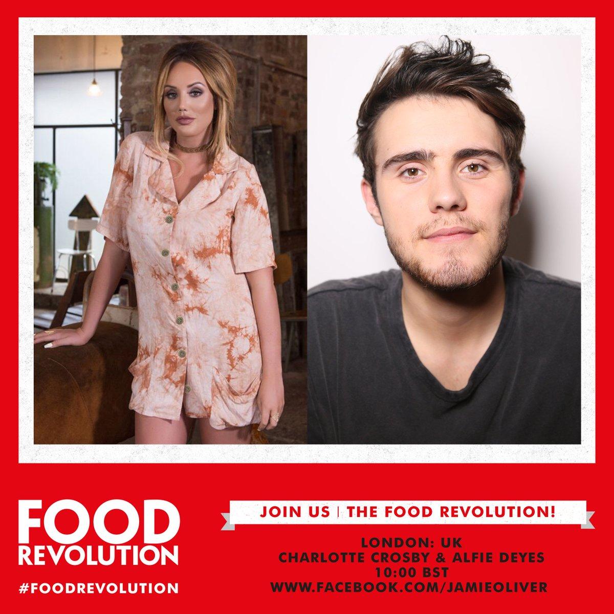 With @Charlottegshore @PointlessBlog @CherylOfficial @TanyaBurr @JimChapman Live on Facebook for #FoodRevolution day https://t.co/OARUp5KunT