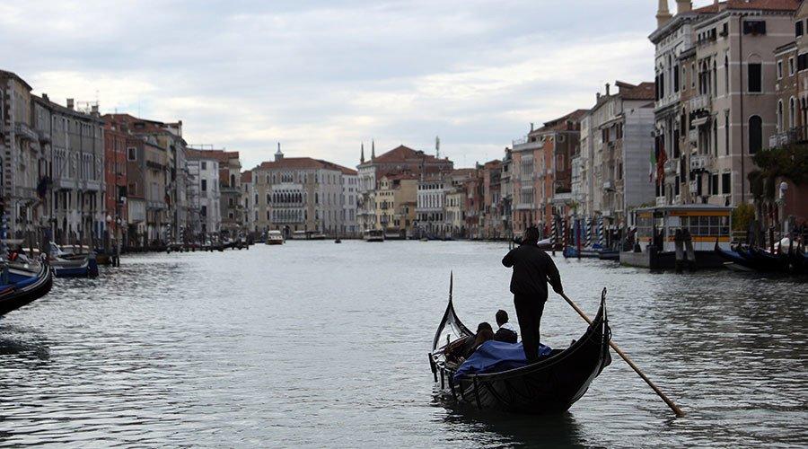 Recognize Crimea as Russian, lift sanctions: Italy's Veneto passes defiant resolution