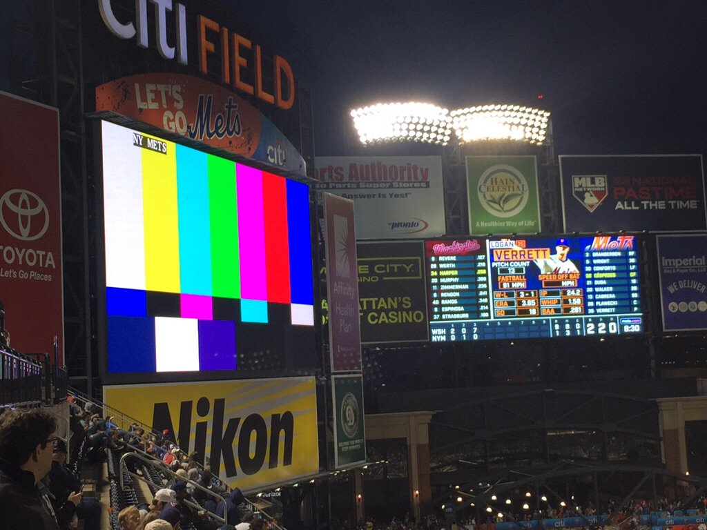 Even the scoreboard gave up https://t.co/PNb4YNygiS
