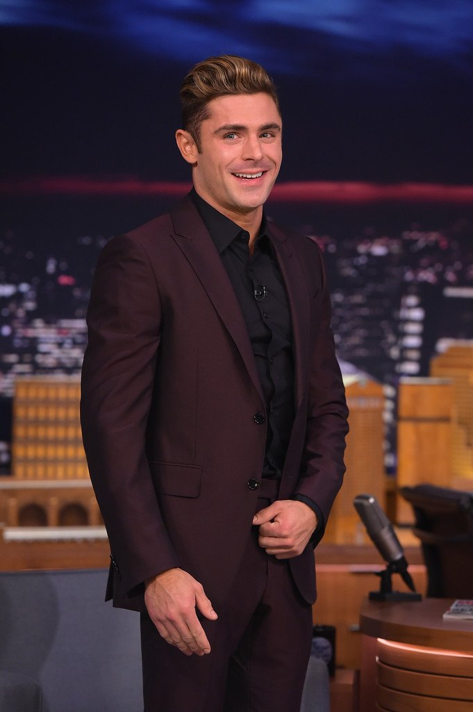 Zac efron wore an ermenegildozegna burgundy suit navy for Black suit burgundy shirt