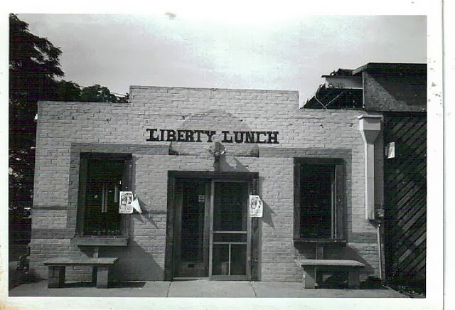 #BestPartofthe90sWas Seeing the best bands at Liberty Lunch in Austin https://t.co/4ZWOXXwBED