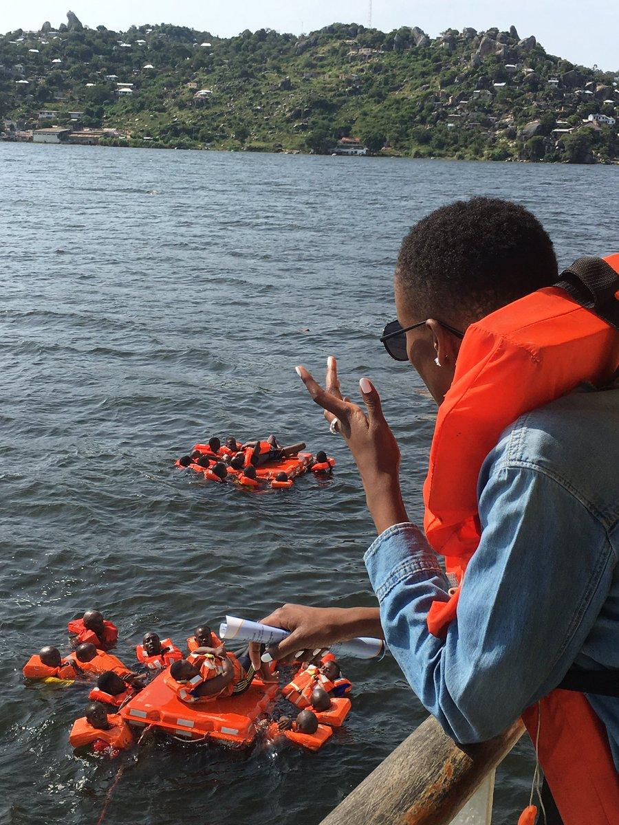 Ms. @FlavianaMatata akifuatilia kwa makini mazoezi ya #UsalamaMajini katika Ziwa Victoria. #MvBukoba20 https://t.co/V1bqTvZlU3
