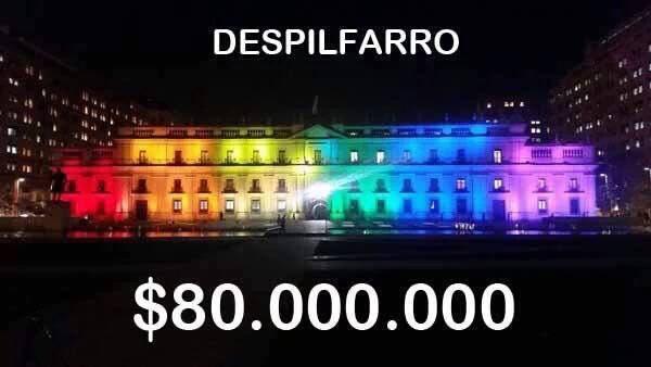 Que no te consuman las redes sociales. La iluminación de La Moneda fue financiada por el @Movilh y costó $2.500.000 https://t.co/44PHXpfhxi