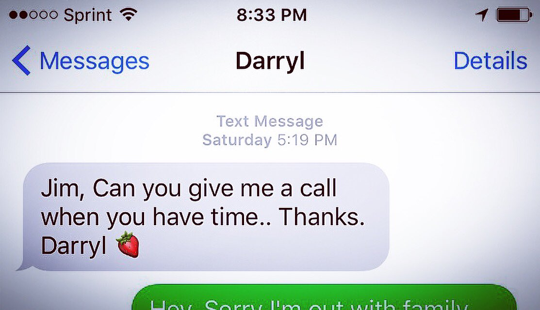 Darryl Strawberry uses an emoji for his last name in text messages. Seriously. https://t.co/Qd2Y3bwst1
