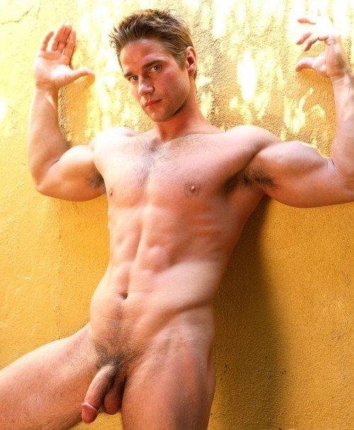 Голые мускулистые парни фото