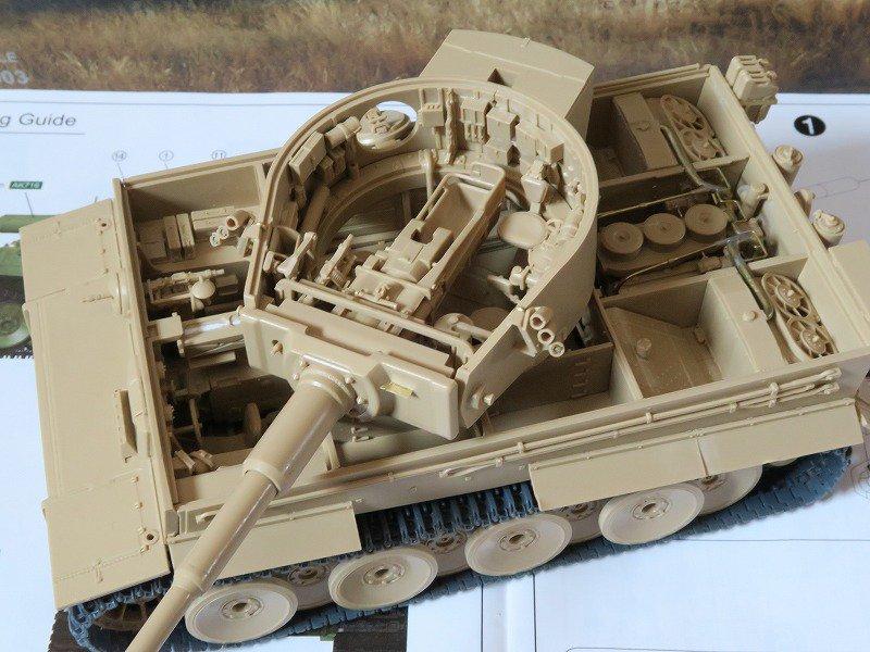 国内流通しているフルインテリアキットを概ね網羅しました(そもそも数が少ない)シャーマンのインテリアキットって無いんですね 戦車模型フルインテリアキット一覧 https://t.co/QBo1dpOo7C #模型戦車道 https://t.co/S0DkZdUoEw