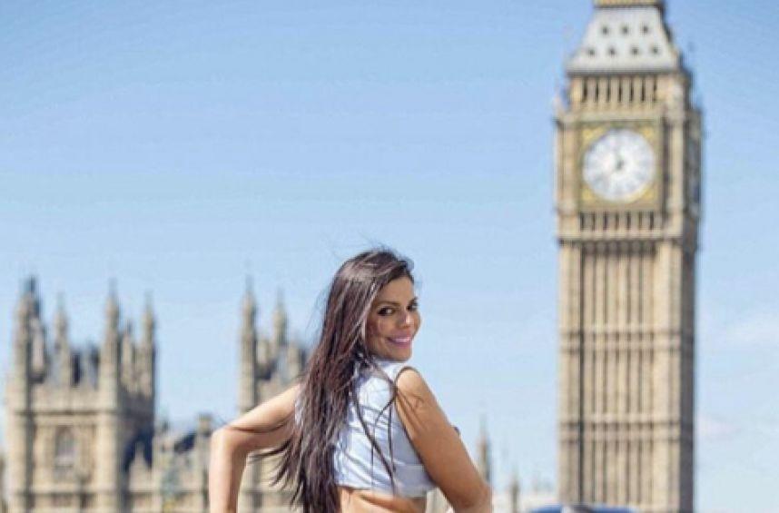 RT @MetroNicaragua: #LoMásVisto Miss BumBum 2015 sorprende a todos en tanga en las calles de Londres https://t.co/l7D7yD16zc https://t.co/s…