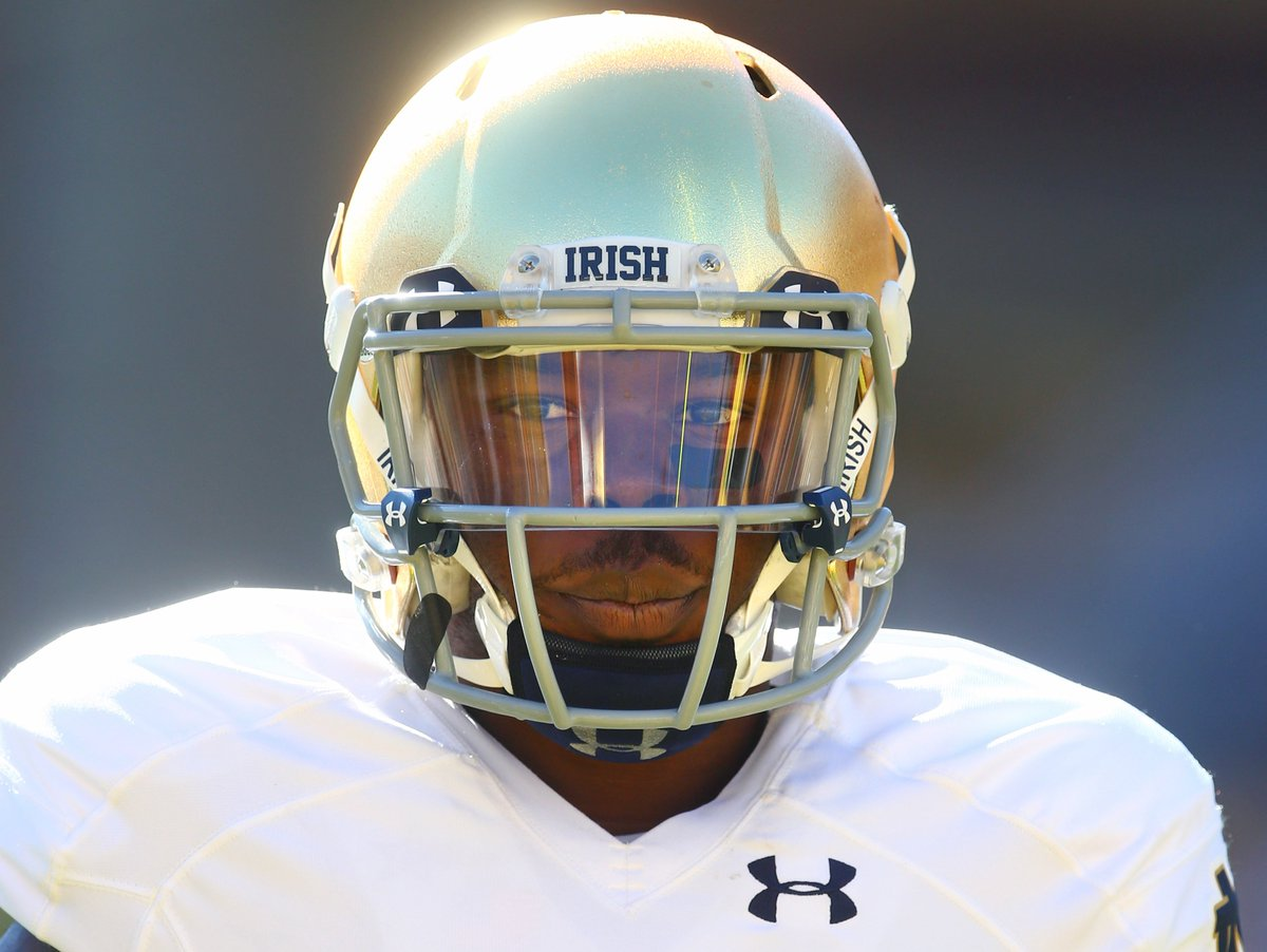 We remember former Notre Dame running back Greg Bryant. https://t.co/HXYtugPv6p #RIPGB https://t.co/wIVsoIguQx