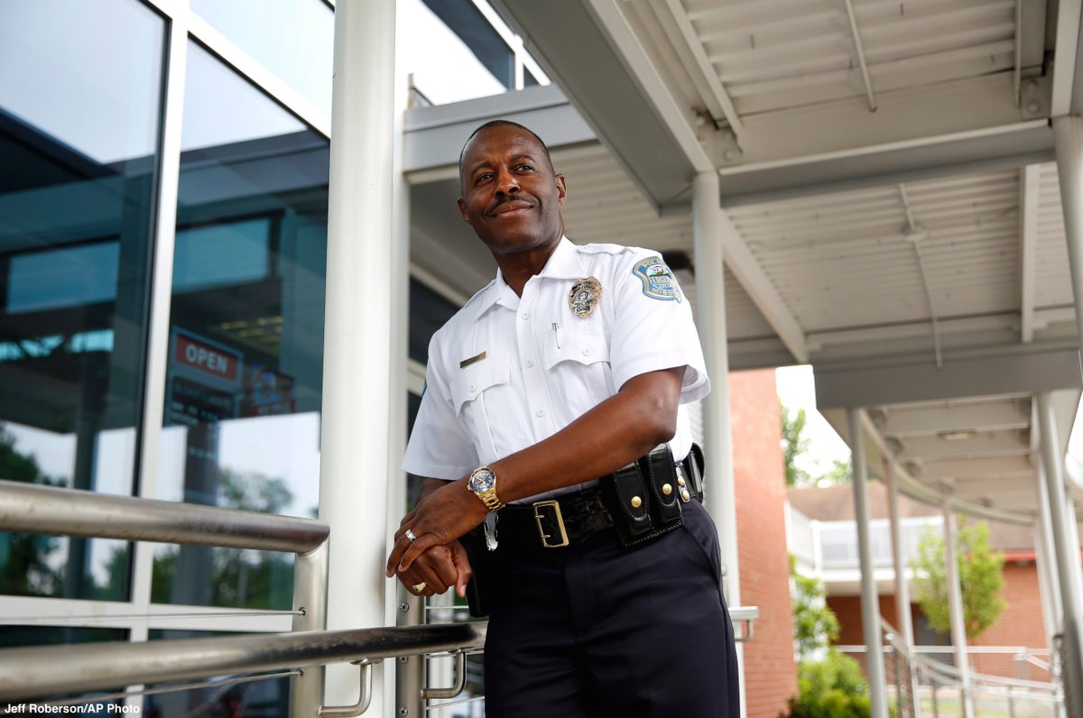 Veteran Miami officer sworn in as first black police chief of Ferguson.