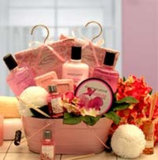 Beautiful pampering baskets make great #gift #giftideas #realestate #realtors #missouri #newjersey #madeinusa https://t.co/GbpJQtnX6k