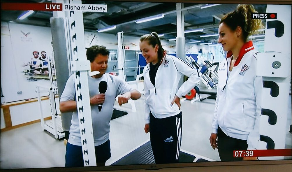 Showing @mikebreakfast a bit of what us athletes get up to at @BishamAbbeyNSC this morning on @BBCBreakfast !! https://t.co/oXr5da4cUT