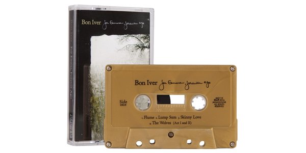 """For Emma, Forever Ago"" on gold cassette. Hyper-limited run from @newburycomics: https://t.co/BajJAkFfzO https://t.co/ur5pvFnAMa"