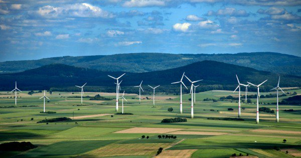 4th Largest Economy In World Just Generated 90 Percent Of Power It Needs From Renewables https://t.co/1GhaTPg5aH https://t.co/qQZ5ISNGOg