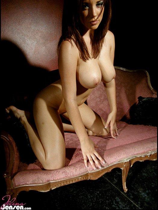 My #PicoftheDay ~ RT if you like! #TittyTuesday WSLsHbQga4 feZk64NuRg
