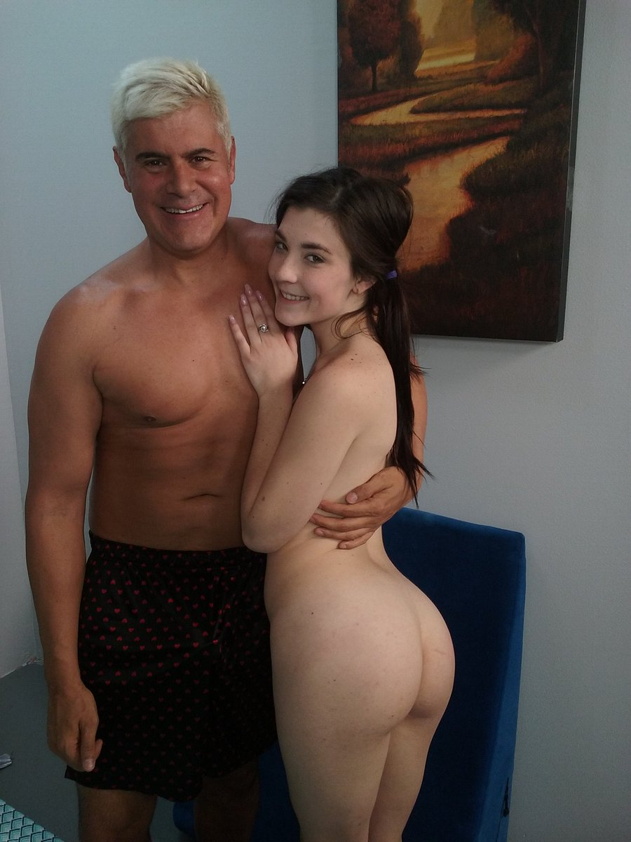 Watch Jenna Reid Cum on Cock for $1 on G32sYPAYyE Promo Code 'Update' #JennaReid