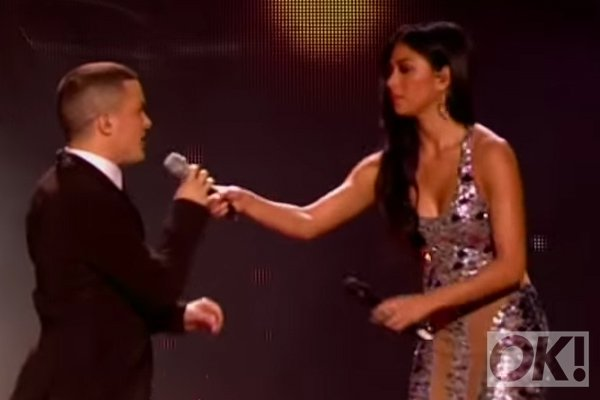 We hope @NicoleScherzy returns to the X Factor to provide more awkward moments like this: