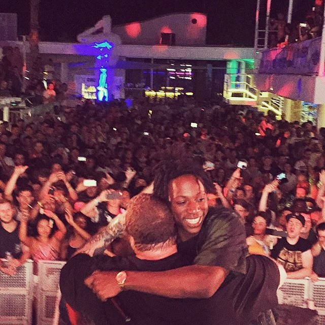 My good brothers @joeyBADASS x @ActionBronson sharing that special moment on stage @freshislandfest 2015. #CroEra https://t.co/JLY4RiPGGX