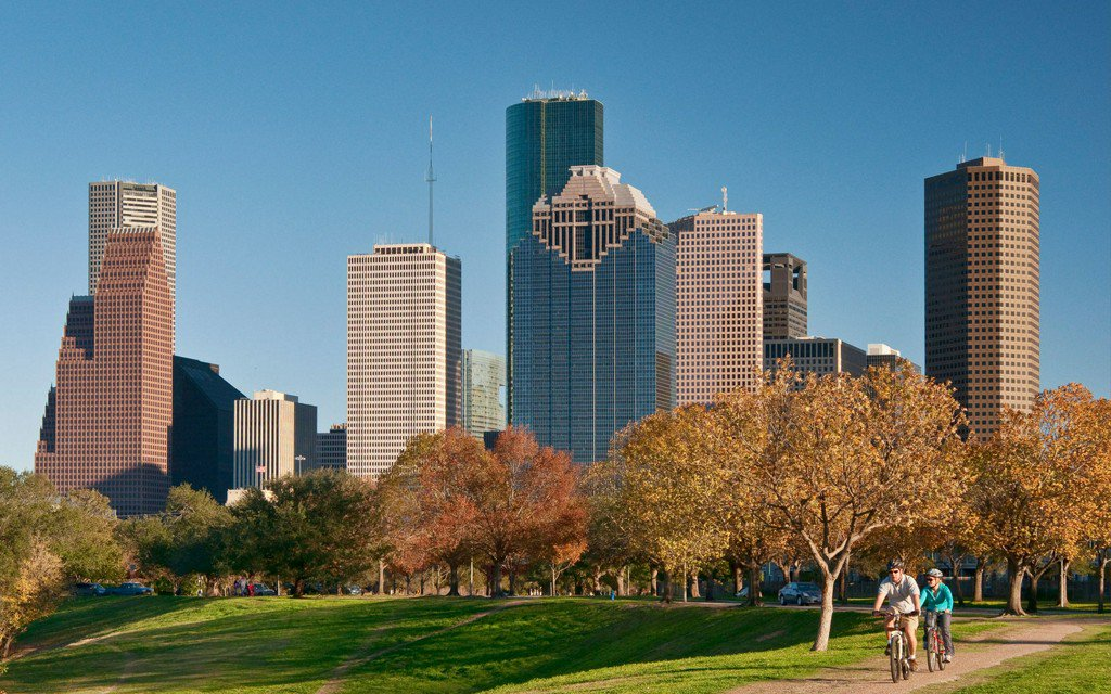 RT @TravelLeisure: Here are 13 totally free things you can do in Houston: