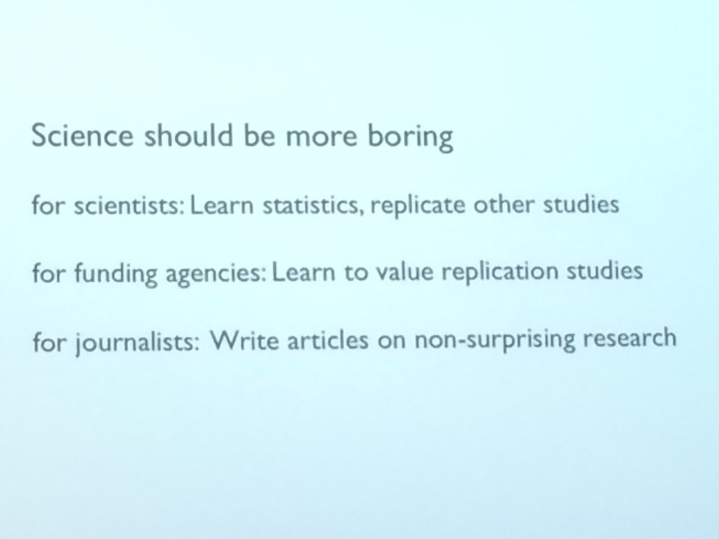 Science should be more boring, says @vamrhein. Journalists should write about non-surprising research. https://t.co/WJTpkMEj1O