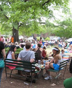 Carrboro Jazz Brunch and More starts May 15 https://t.co/BRe00Pco3C https://t.co/kbG8qmLM6U