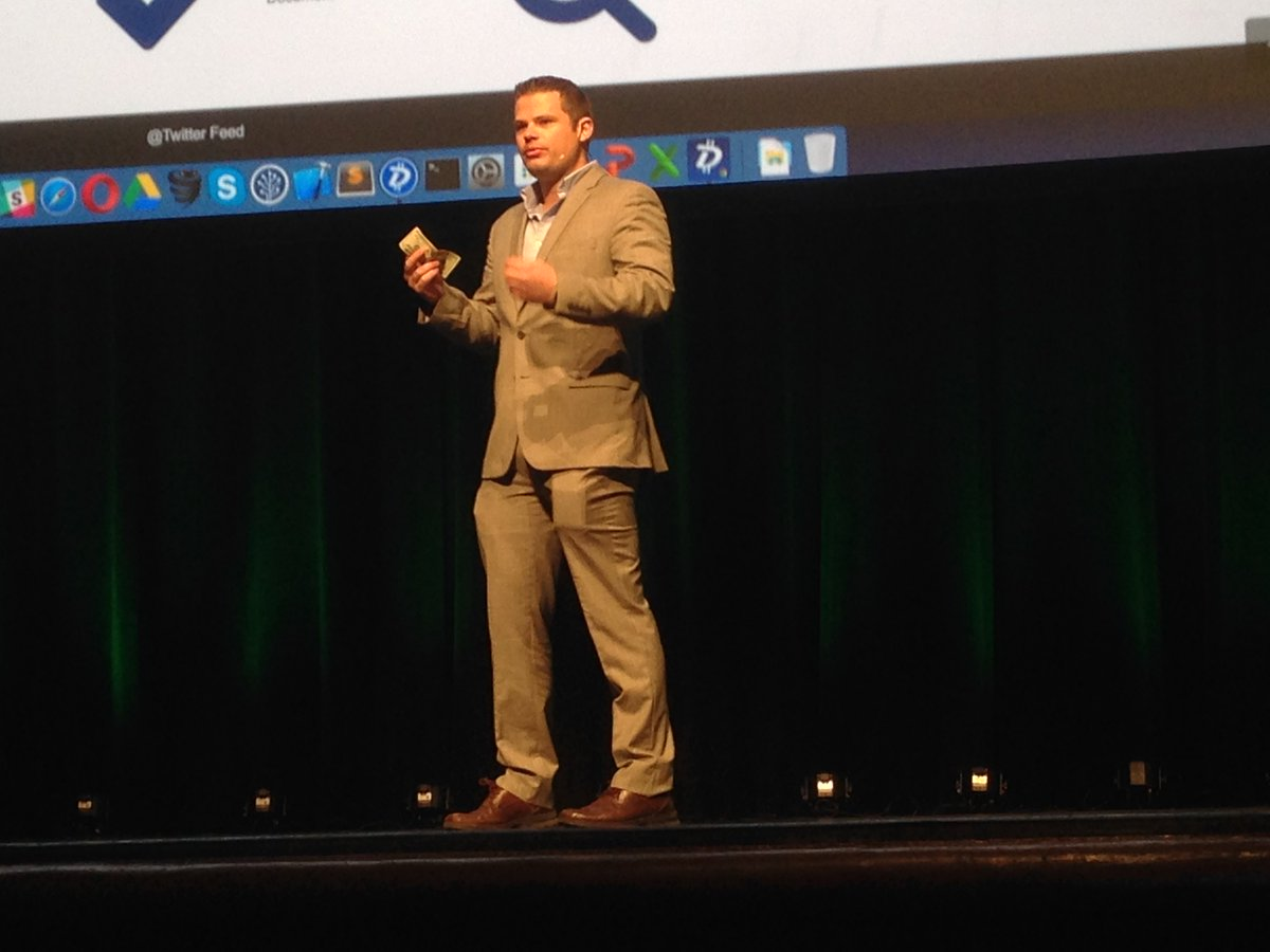 Jared Tate (CEO & President) of @DigiByteCoin demonstrating its scalable blockchain #Finovate https://t.co/r20F9FX9JR