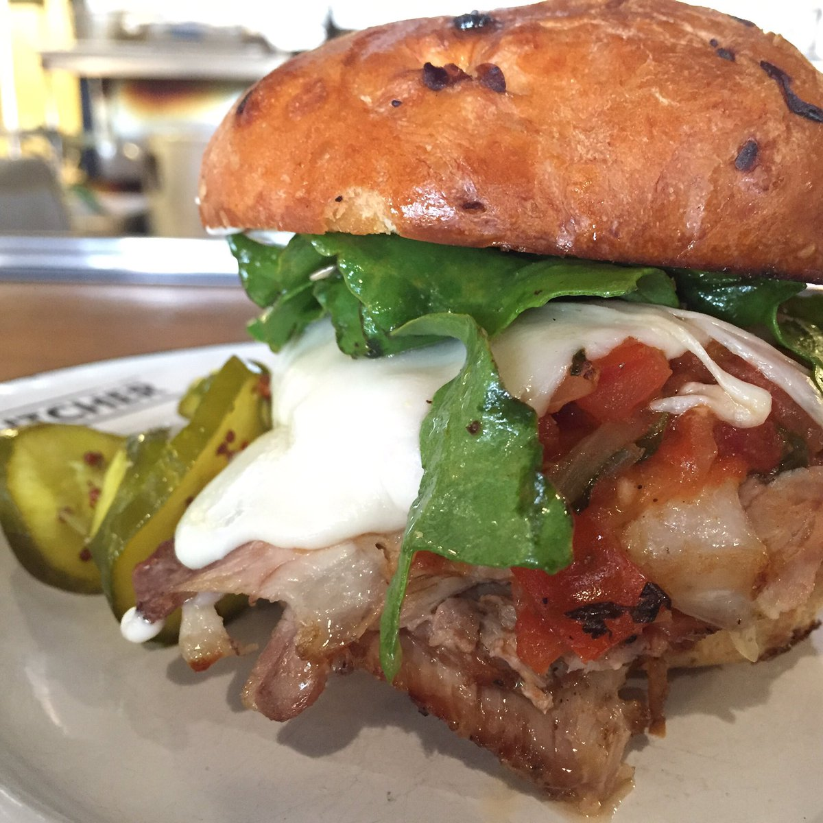Braised #pork'wich w/provolone, avocado, beet tops + salsa roja. #lunch looks good like this https://t.co/muWMagDd1d